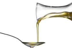 Камфорное масло при воспалении колена