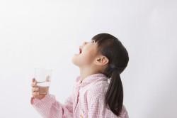 Полоскание горла при простуде