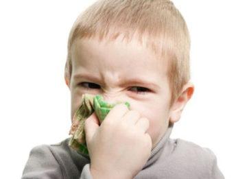 Зеленые сопли: чем правильно лечить?