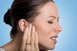Боль в ушах при синусите