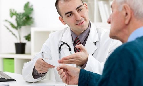 Тромбофлебит в большинстве случаев бывает у пожилых людей