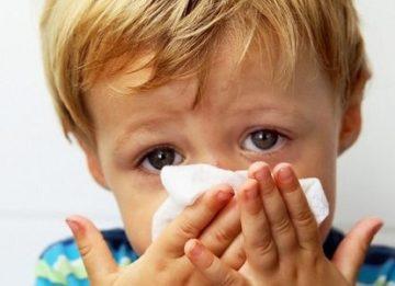 Способы лечения жидких соплей у ребенка
