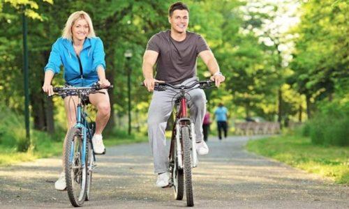 Главное и основное правило при варикозе - это сбалансированное движение. Следует запомнить, что кататься на велосипеде при данном заболевании можно, но только переусердствовать не нужно