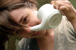Промывка носа солевым раствором