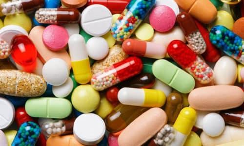 Прием гормональных препаратов и лекарств, содержащих йод,помогает избавиться от эутиреоза щитовидной железы