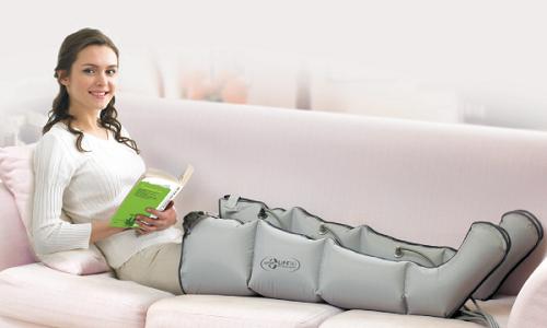 Каждая женщина мечтает о красивых стройных ножках, а лимфодренажный массаж может стать значительным шагом для достижения этой цели