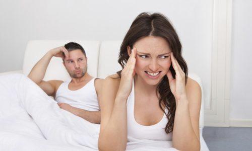 У женщин болезнь проявляется в виде нарушенного цикла менструаций и бесплодия