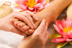 Массаж ступней для лечения насморка