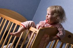 Расстройство сна у ребенка - симптом полипов в носу
