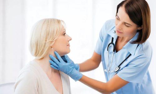 Начинать лечение нарушенной щитовидной железы необходимо после консультации специалиста