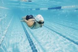 Плавание - один из способов профилактики шейного остеохондроза