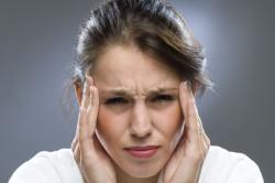 Головные боли - один из симптомов шейного остеохондроза