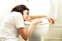 Тошнота  - один из симптомов заболевании надпочечников