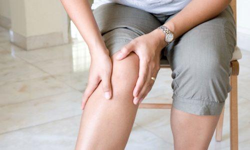 Первым симптомом варикоза является усталость и боль в ногах