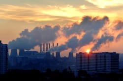 Плохая экология как причина заложенности носа